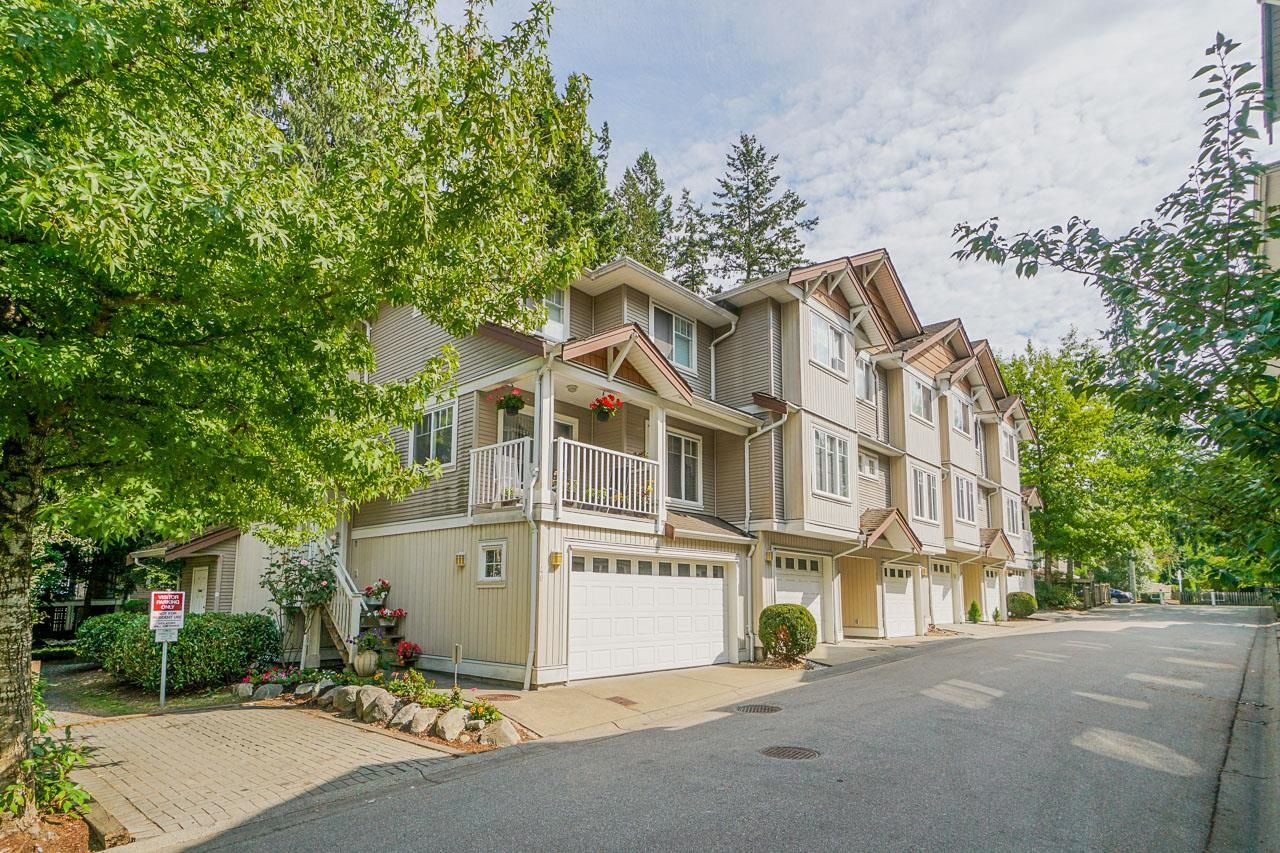 """Main Photo: 43 12711 64 Avenue in Surrey: West Newton Townhouse for sale in """"PALETTE ON THE PARK"""" : MLS®# R2617699"""