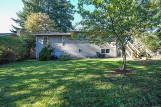 Photo 5: 2311 Strathcona Cres in : CV Comox (Town of) House for sale (Comox Valley)  : MLS®# 858803