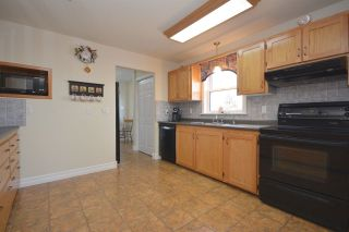 Photo 12: 11 OAKES Road in Fall River: 30-Waverley, Fall River, Oakfield Residential for sale (Halifax-Dartmouth)  : MLS®# 201603893