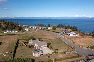 Photo 51: 205 Connemara Rd in : CV Comox (Town of) House for sale (Comox Valley)  : MLS®# 887133