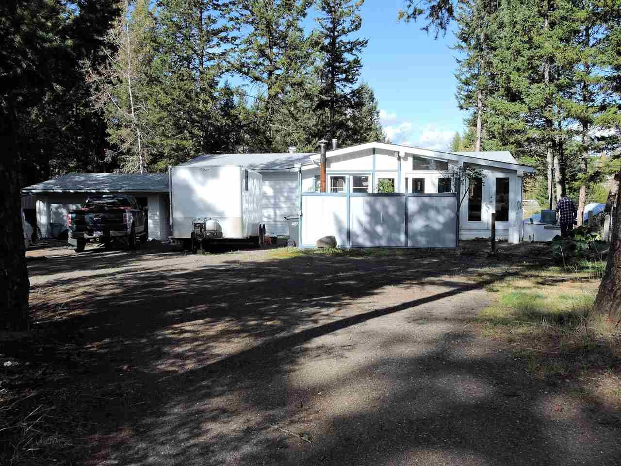 """Main Photo: 5447 DONSLEEQUA Court in 108 Mile Ranch: 108 Ranch Manufactured Home for sale in """"108 RANCH RESORT"""" (100 Mile House (Zone 10))  : MLS®# R2475152"""