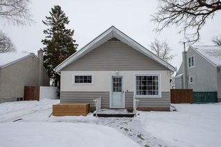 Photo 1: 70 Handyside Avenue in Winnipeg: St Vital Residential for sale (2D)  : MLS®# 202101335