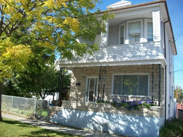 Main Photo: 244 PARR Street in WINNIPEG: North End Residential for sale (North West Winnipeg)  : MLS®# 1018827