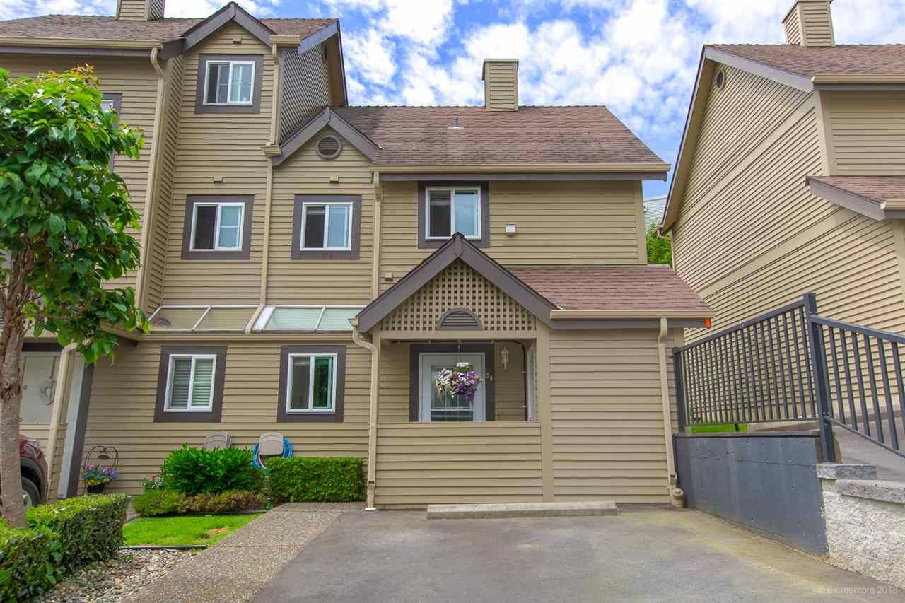 "Main Photo: 38 2736 ATLIN Place in Coquitlam: Coquitlam East Townhouse for sale in ""CEDAR GREEN ESTATES"" : MLS®# R2460633"