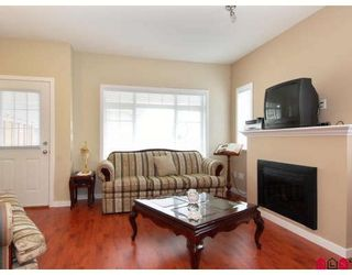 """Photo 3: 15 6852 193RD Street in Surrey: Clayton Townhouse for sale in """"Indigo"""" (Cloverdale)  : MLS®# F2817479"""