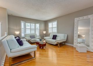Photo 6: 848 Coach Side Crescent SW in Calgary: Coach Hill Detached for sale : MLS®# A1082611