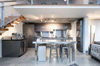 """Photo 7: PH610 1540 W 2ND Avenue in Vancouver: False Creek Condo for sale in """"The Waterfall Building"""" (Vancouver West)  : MLS®# R2580752"""