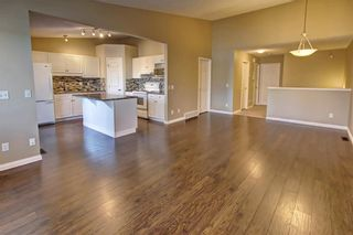 Photo 7: 86 VALLEY RIDGE Heights NW in Calgary: Valley Ridge Row/Townhouse for sale : MLS®# C4222084