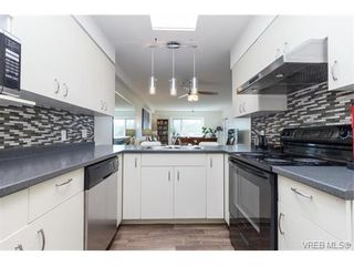 Photo 6: 24 7070 West Saanich Rd in BRENTWOOD BAY: CS Brentwood Bay Condo for sale (Central Saanich)  : MLS®# 752018