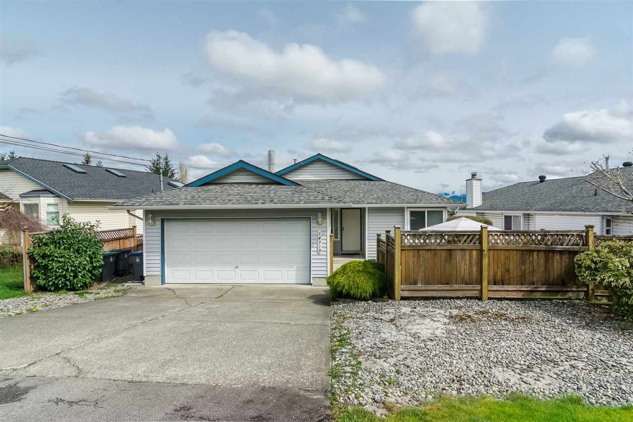 """Main Photo: 14719 WELLINGTON Drive in Surrey: Bolivar Heights House for sale in """"Bolivar Heights"""" (North Surrey)  : MLS®# R2256470"""