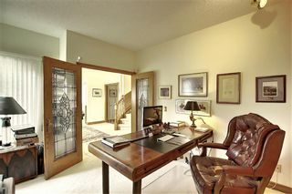Photo 21: 140 WOODACRES Drive SW in Calgary: Woodbine Detached for sale : MLS®# A1024831