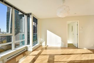 """Photo 6: 1102 788 HAMILTON Street in Vancouver: Downtown VW Condo for sale in """"TV TOWERS 1"""" (Vancouver West)  : MLS®# R2217324"""