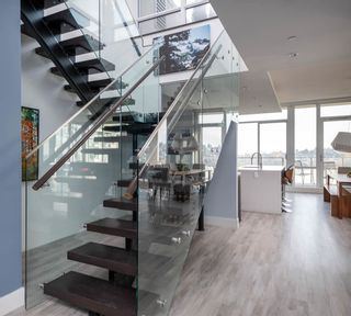 """Photo 4: PH2504 1550 FERN Street in North Vancouver: Lynnmour Condo for sale in """"Beacon at Seylynn Village"""" : MLS®# R2569044"""