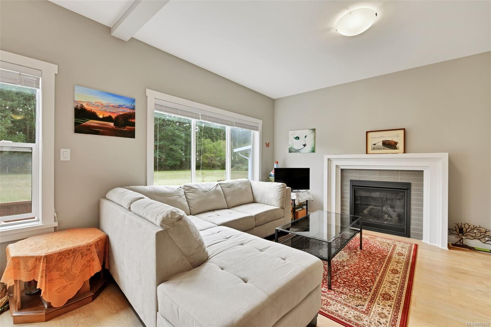 Photo 2: Photos: 1262 McLeod Pl in : La Happy Valley House for sale (Langford)  : MLS®# 858707