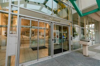 """Photo 39: 907 612 SIXTH Street in New Westminster: Uptown NW Condo for sale in """"The Woodward"""" : MLS®# R2505938"""