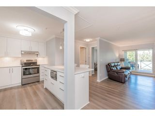 "Photo 11: 307 15150 29A Avenue in Surrey: King George Corridor Condo for sale in ""The Sands 2"" (South Surrey White Rock)  : MLS®# R2464623"