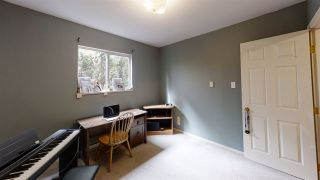 """Photo 16: 542 REED Road in Gibsons: Gibsons & Area House for sale in """"GRANTHAMS"""" (Sunshine Coast)  : MLS®# R2546943"""