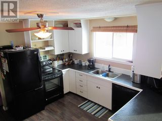 Photo 5: 10409 114 Street in Fairview: House for sale : MLS®# A1077968