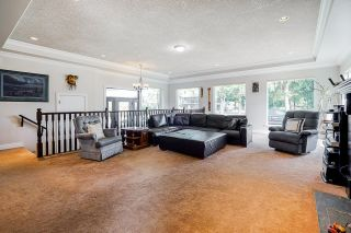 Photo 5: 25032 57 Avenue in Langley: Aldergrove Langley House for sale : MLS®# R2615872