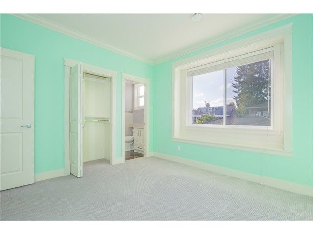 Photo 14: Photos: 7813 16TH Avenue in Burnaby: East Burnaby House for sale (Burnaby East)  : MLS®# V1082523