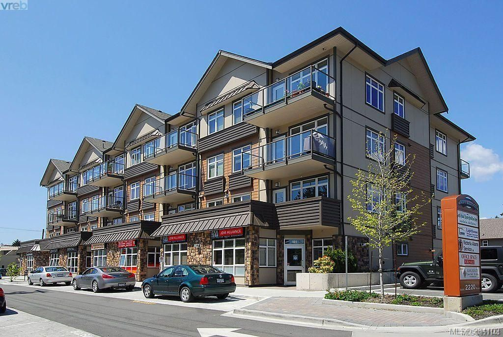 Main Photo: 201 2220 Sooke Rd in : Co Hatley Park Condo for sale (Colwood)  : MLS®# 851143