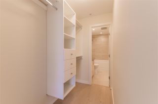 """Photo 11: 318 38 W 1ST Avenue in Vancouver: False Creek Condo for sale in """"THE ONE"""" (Vancouver West)  : MLS®# R2576246"""
