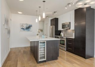 Photo 2: 305 836 Royal Avenue SW in Calgary: Lower Mount Royal Apartment for sale : MLS®# A1146354