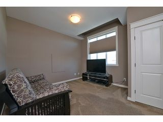 Photo 10: 2008 MERLOT Blvd in Abbotsford: Home for sale : MLS®# F1421188