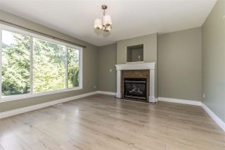 Photo 11: 511 COTTONWOOD Avenue: Harrison Hot Springs House for sale : MLS®# R2353509