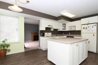 """Photo 13: 12236 MCMYN Avenue in Pitt Meadows: Mid Meadows House for sale in """"SOMMERSET"""" : MLS®# R2253443"""