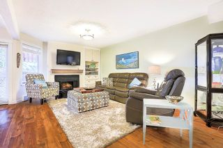 """Photo 3: 3488 WEYMOOR Place in Vancouver: Champlain Heights Townhouse for sale in """"MOORPARK"""" (Vancouver East)  : MLS®# R2278455"""