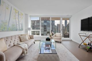 """Photo 3: 2403 620 CARDERO Street in Vancouver: Coal Harbour Condo for sale in """"Cardero"""" (Vancouver West)  : MLS®# R2613755"""