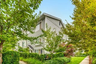 """Photo 4: 144 15230 GUILDFORD Drive in Surrey: Guildford Townhouse for sale in """"GUILDFORD THE GREAT"""" (North Surrey)  : MLS®# R2610132"""