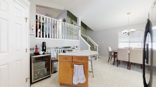 Photo 4: 2908 31 Street in Edmonton: Zone 30 House for sale : MLS®# E4261905