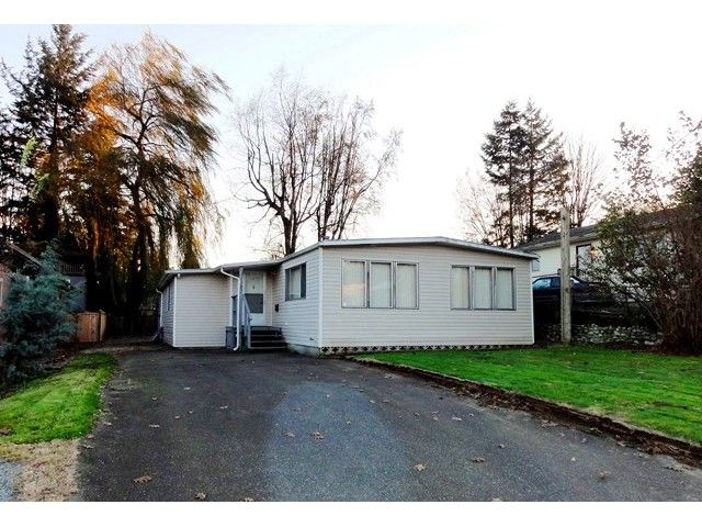 Main Photo: 31582 OAKRIDGE Crescent in Abbotsford: Poplar Manufactured Home for sale : MLS®# F1435963