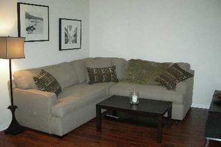 Photo 3: 606 24 W Wellesley Street in Toronto: Bay Street Corridor Condo for lease (Toronto C01)  : MLS®# C2689729