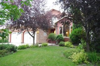 Photo 1: 11 Denman Crescent in Winnipeg: Single Family Detached for sale