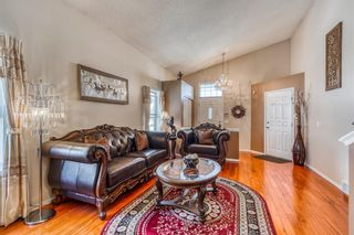 Photo 6: 686 Coventry Drive NE in Calgary: Coventry Hills Detached for sale : MLS®# A1116963