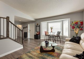 Photo 6: 145 Hawkdale Circle NW in Calgary: Hawkwood Detached for sale : MLS®# A1143045