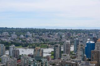 """Photo 4: SPH5001 777 RICHARDS Street in Vancouver: Downtown VW Condo for sale in """"TELUS GARDEN"""" (Vancouver West)  : MLS®# R2595049"""