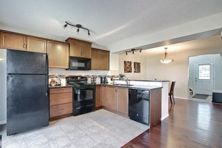 Photo 7: 216 Viewpointe Terrace: Chestermere Row/Townhouse for sale : MLS®# A1151760