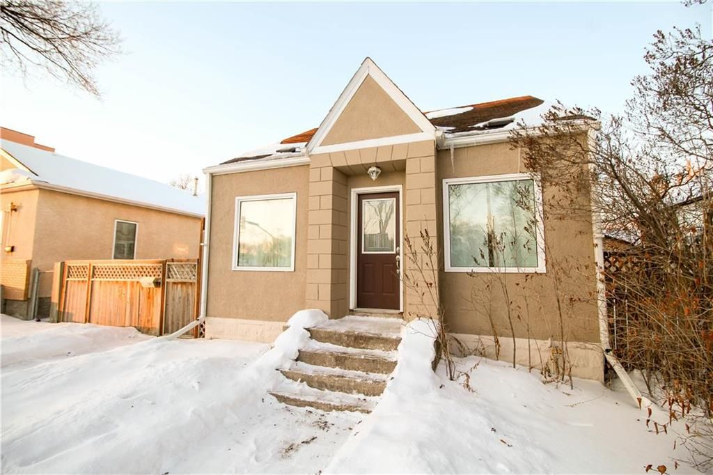 Welcome to 363 Regent Ave W!