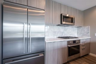 """Photo 11: 100 3289 RIVERWALK Avenue in Vancouver: South Marine Condo for sale in """"R & R"""" (Vancouver East)  : MLS®# R2470251"""
