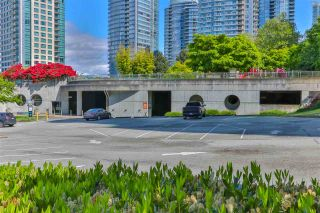 """Photo 6: 2002 588 BROUGHTON Street in Vancouver: Coal Harbour Condo for sale in """"HARBOURSIDE TOWERS 1"""" (Vancouver West)  : MLS®# R2580599"""