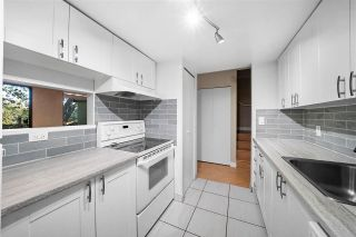 """Photo 13: 864 BLACKSTOCK Road in Port Moody: North Shore Pt Moody Townhouse for sale in """"Woodside Village"""" : MLS®# R2590955"""