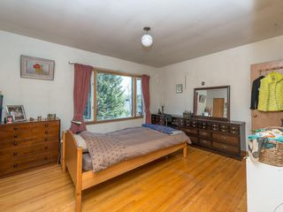Photo 13: 921 36A Street NW in Calgary: Parkdale House for sale : MLS®# C4118357