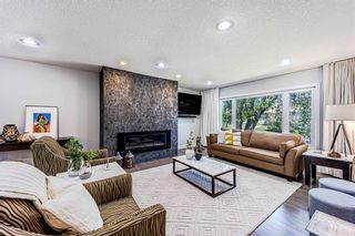 Photo 3: 9 Manor Road SW in Calgary: Meadowlark Park Detached for sale : MLS®# A1116064