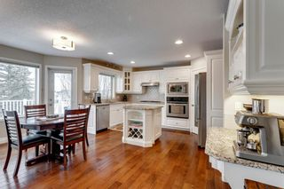 Photo 10: 87 Douglasview Road SE in Calgary: Douglasdale/Glen Detached for sale : MLS®# A1061965