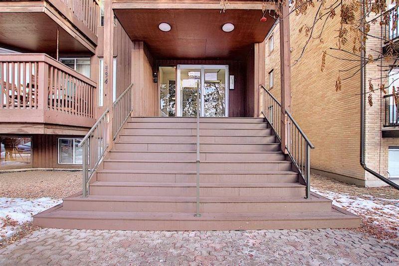 FEATURED LISTING: 402 - 534 20 Avenue Southwest Calgary
