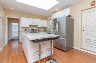 Photo 13: 24 Lurline Ave in : SW Gateway House for sale (Saanich West)  : MLS®# 860243